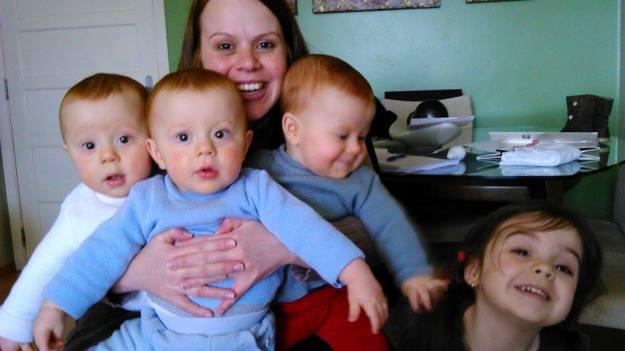 mamãe com as crias