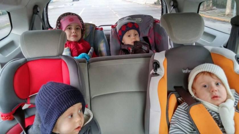 Todos no carro